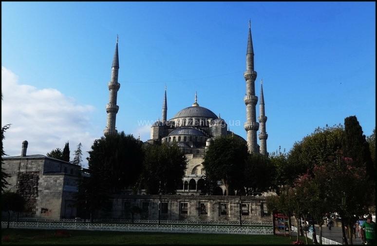 Вид на Голубую мечеть - Стамбул