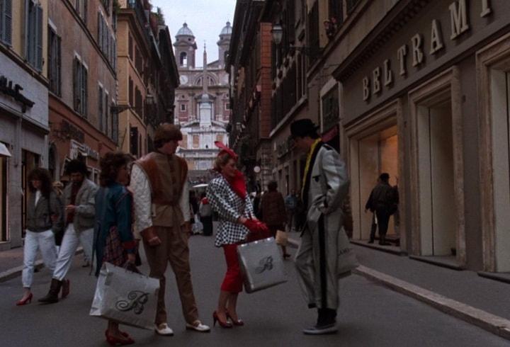 Семейка Гризволдов счастлива своими покупками