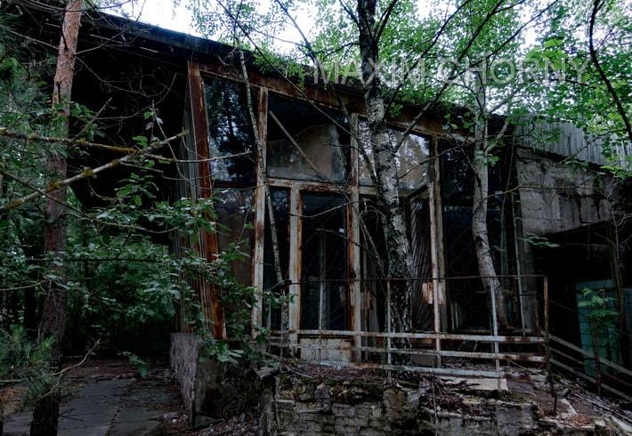 """Former """"Pripyat"""" cafe - main entrance"""