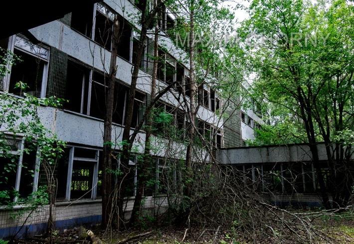 Break structure building of the former School № 2 in Pripyat