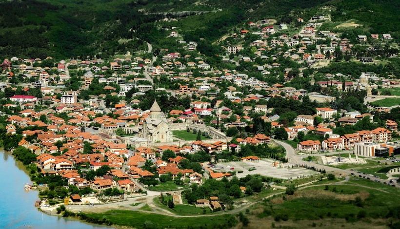 Город Мцхета и кафедральный собор Светицховели