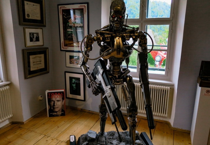 T-800 skeleton of real size