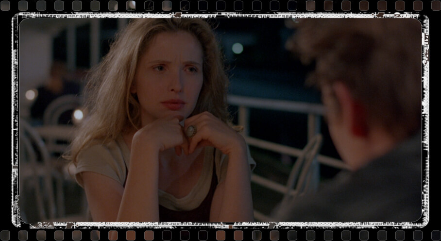 A boat cafe scene: Julie Delpy and Ethan Hawke