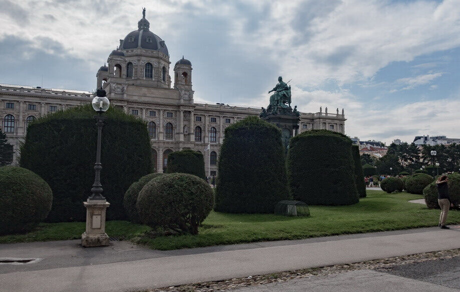 Maria Theresien Platz and the statue of Maria Theresia Vienna