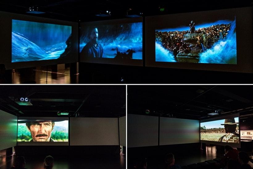 Кинозал из четырех синхронизированных экранов