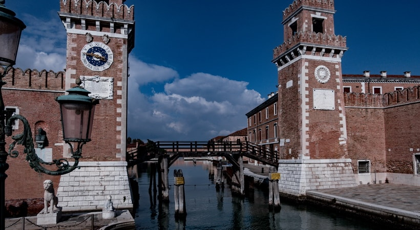 INTERPOL HQ – ARSENALE Where was Tourist movie filmed