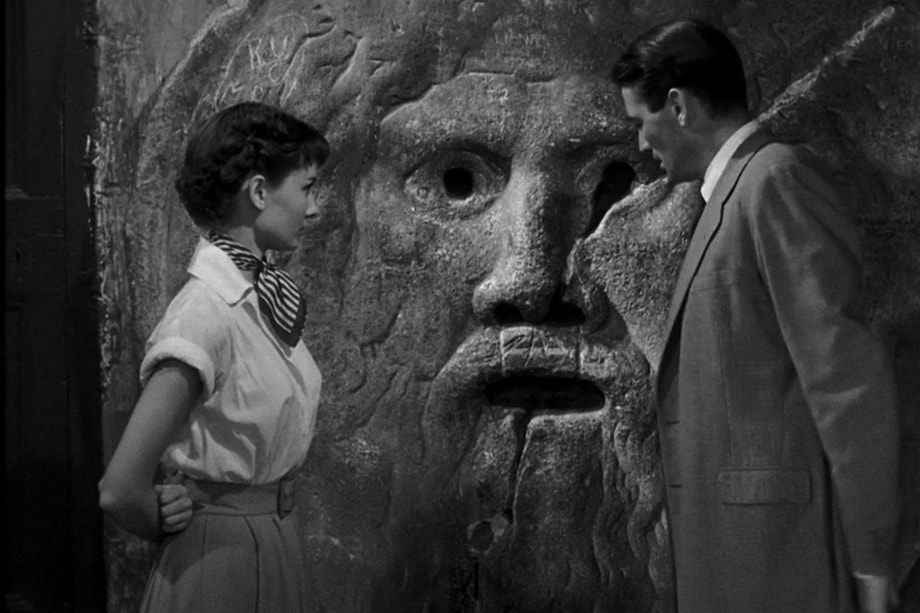 THE MOUTH OF TRUTH Roman holiday
