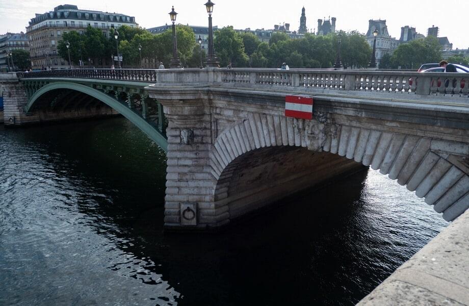 'Ponte Notre-Dame' Paris