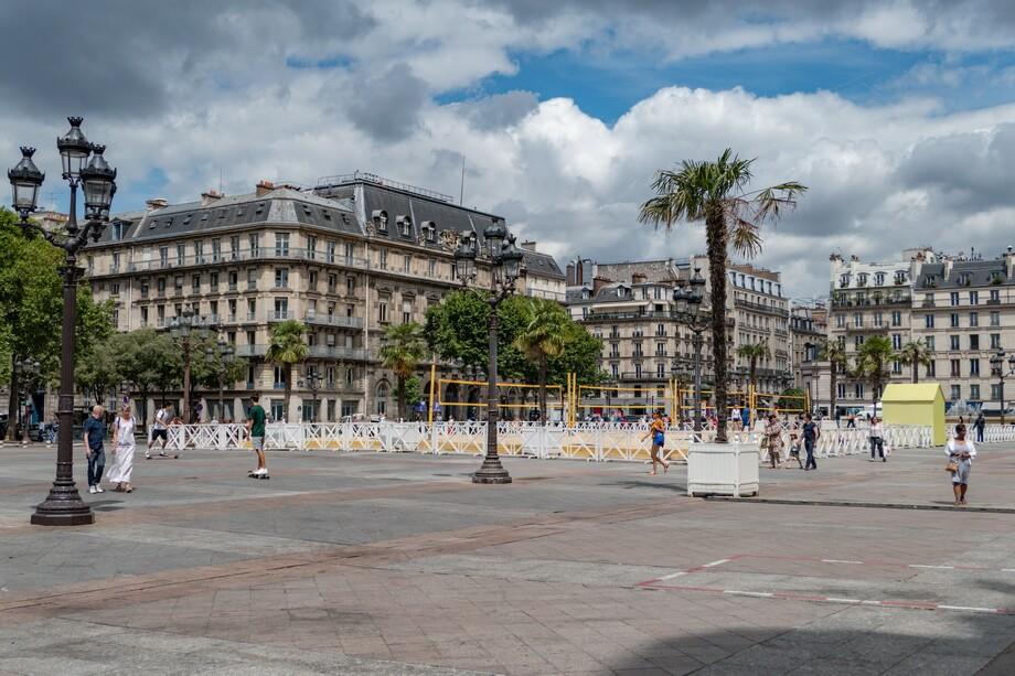 PLACE DE L'HÔTEL-DE-VILLE PARIS