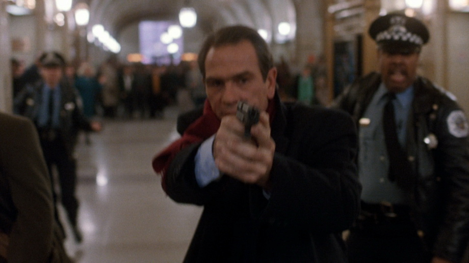 Tommy Lee Jones the fugitive 1993