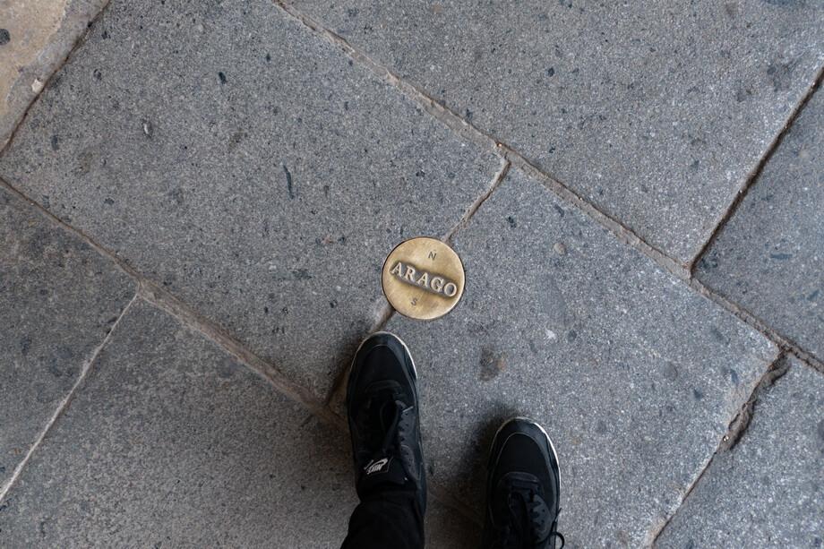ARAGO signs in Paris