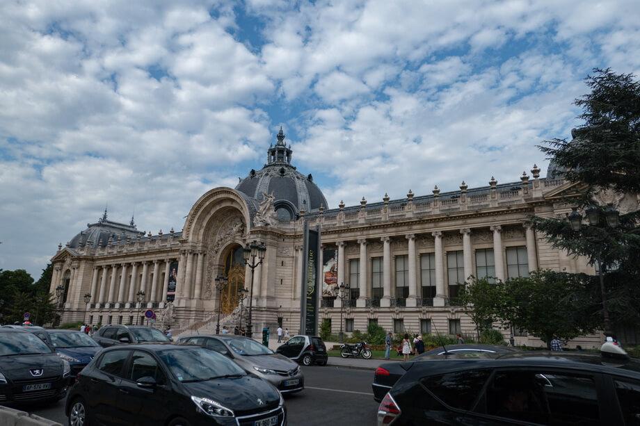 Cours la Reine and Avenue Winston Churchill