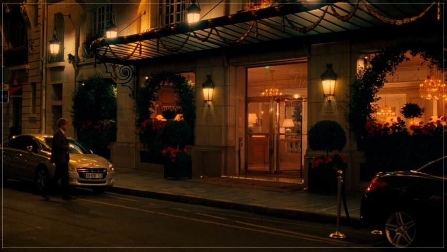 Midnight in Paris Hotel scene