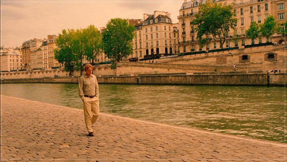 GIL WALKS SEINE: Midnight in Paris
