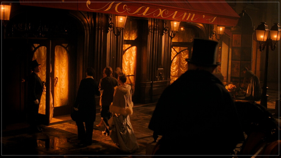 MAXIM'S restaurant, Midnight in Paris