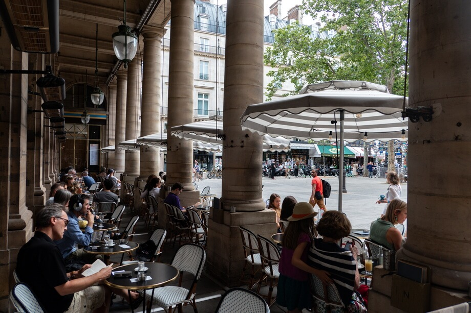 'Le Nemours' cafe in the heart of Paris