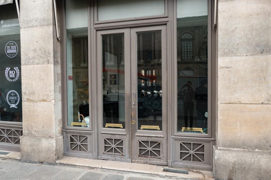 L'ARTISAN PARFUMEUR PARIS perfume shop today